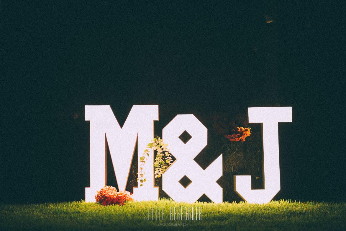 Letras iluminadas para boda