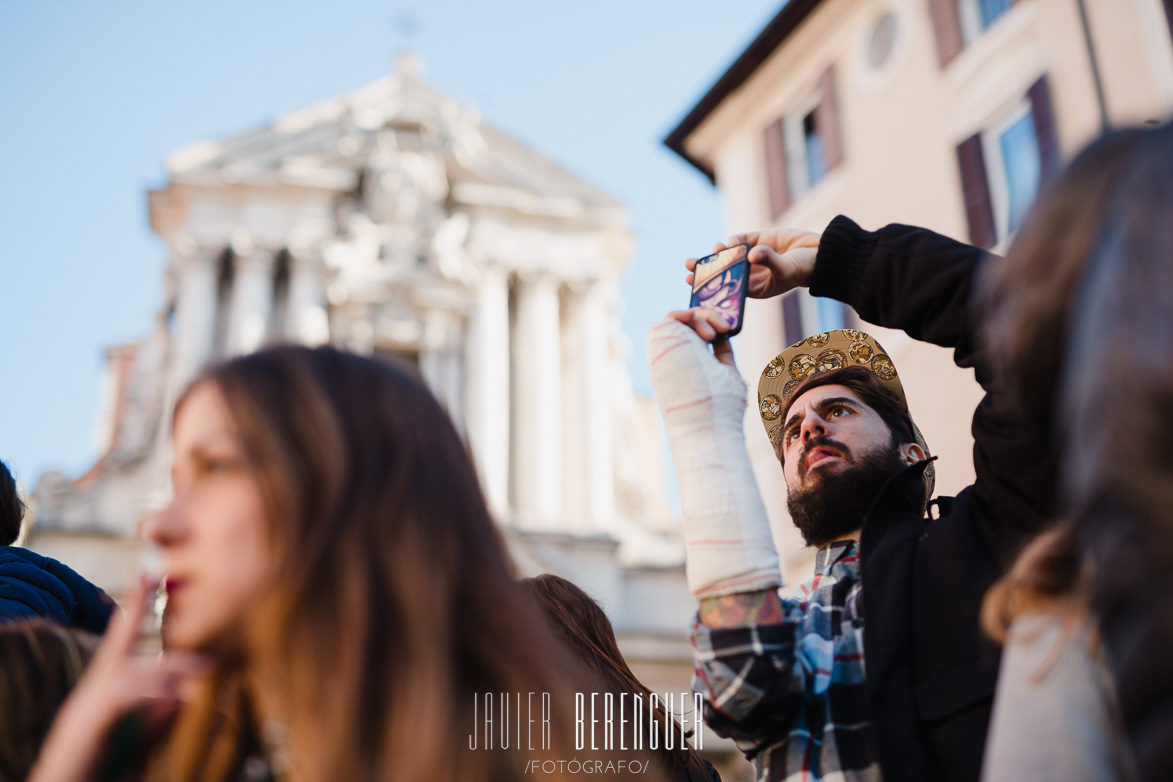 Wedding Photographer in Fontana di Trevi Italy