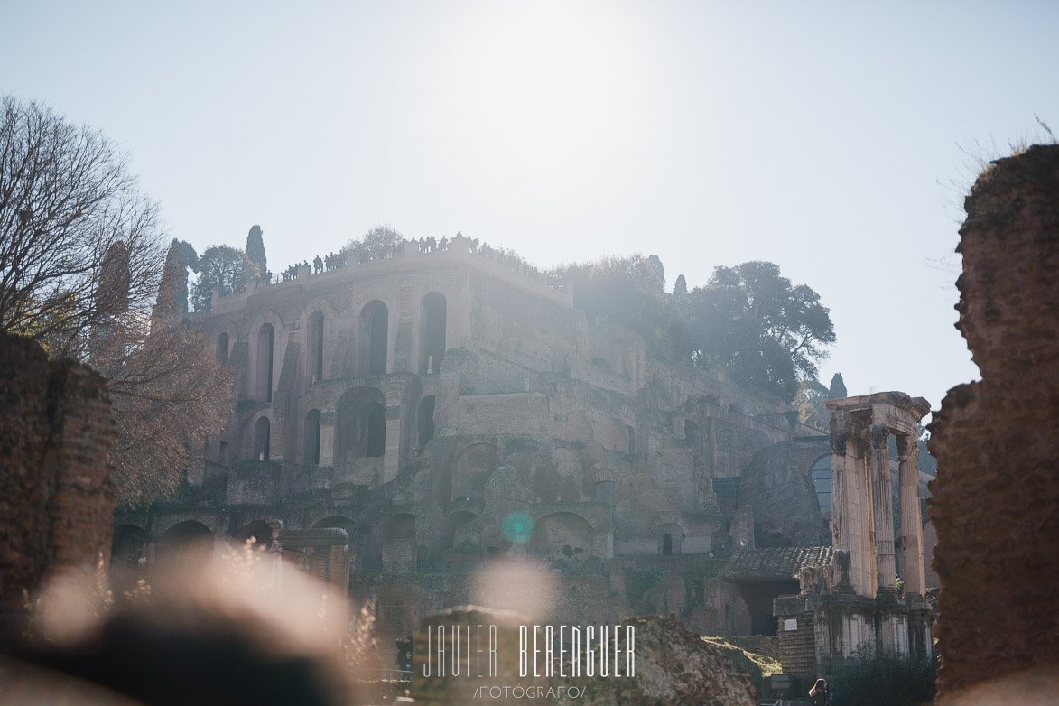 Wedding Photographer in Roman Forum