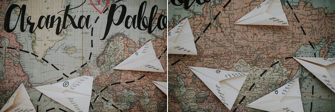 Seating Plan con Mapa del Mundo y Aviones de Papel