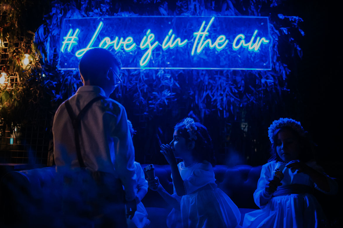 Neon para Bodas Love Is In The Air