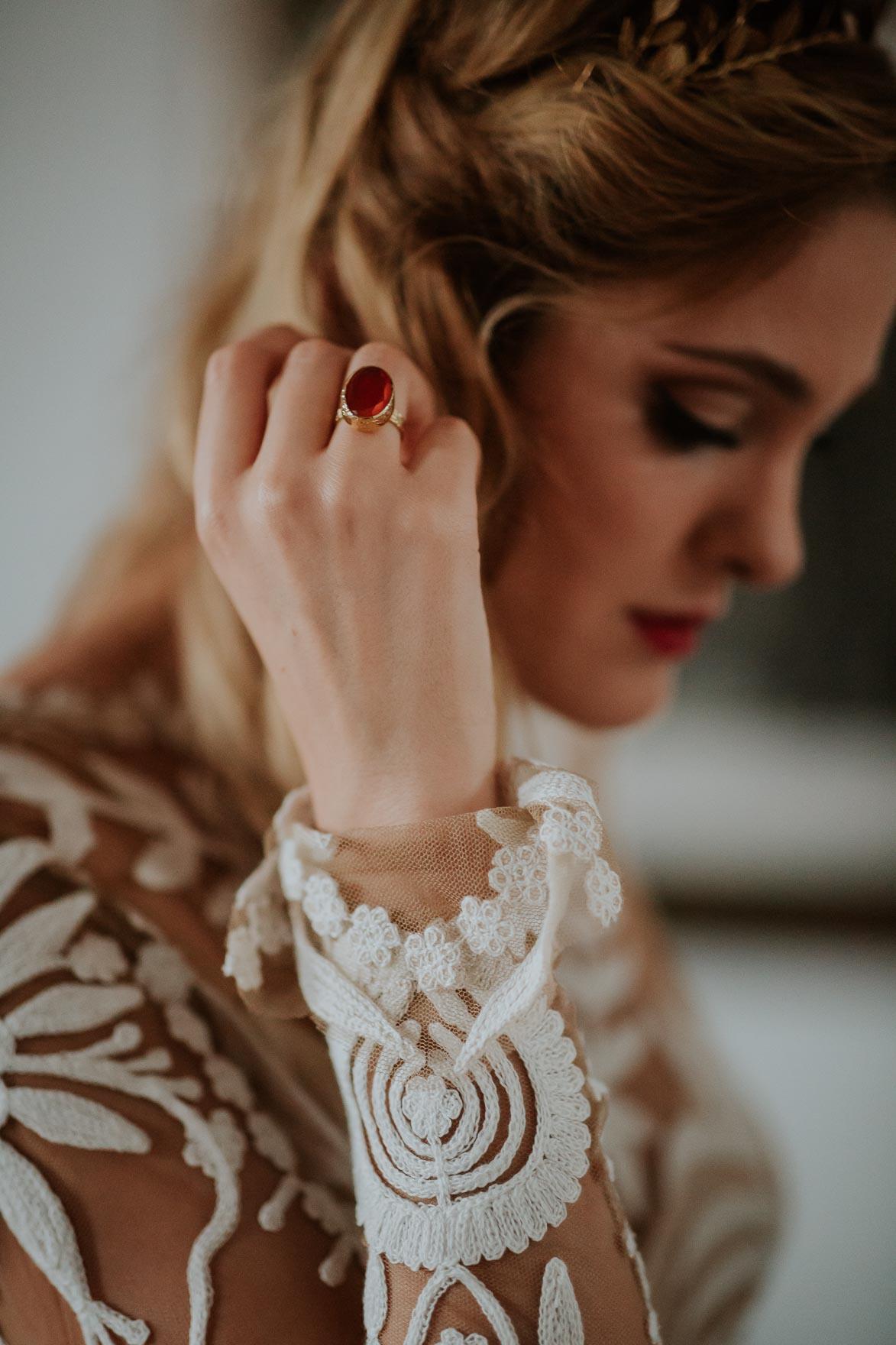 Bride ANNA CAMPBELL