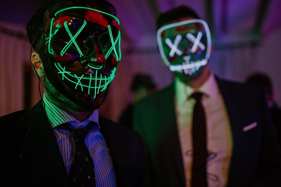 Mascaras para bodas con Neon