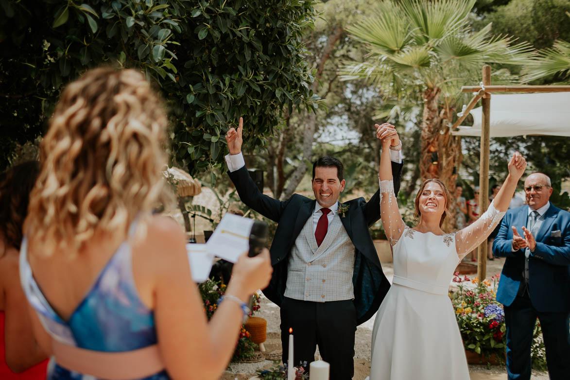 Alegria Novios al casarse