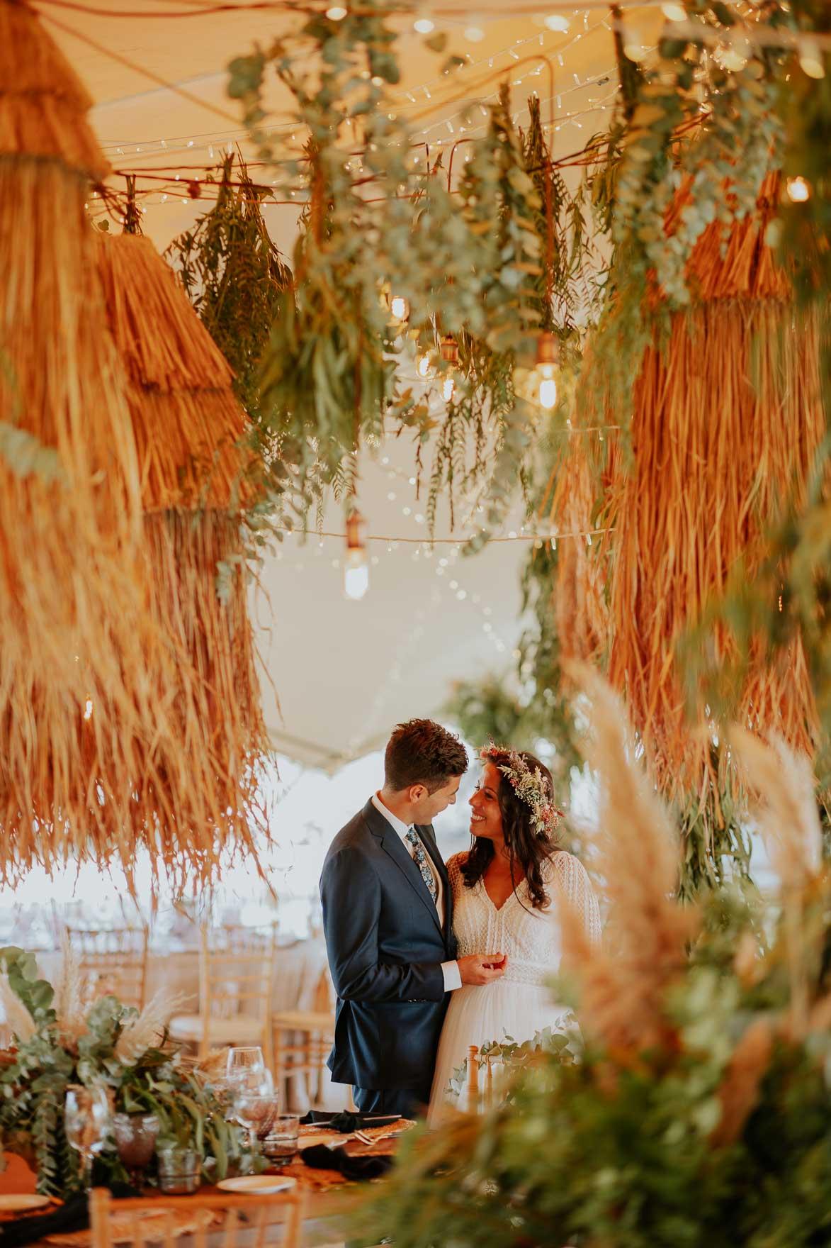 Lampara de Paja para bodas en Finca el Romeral