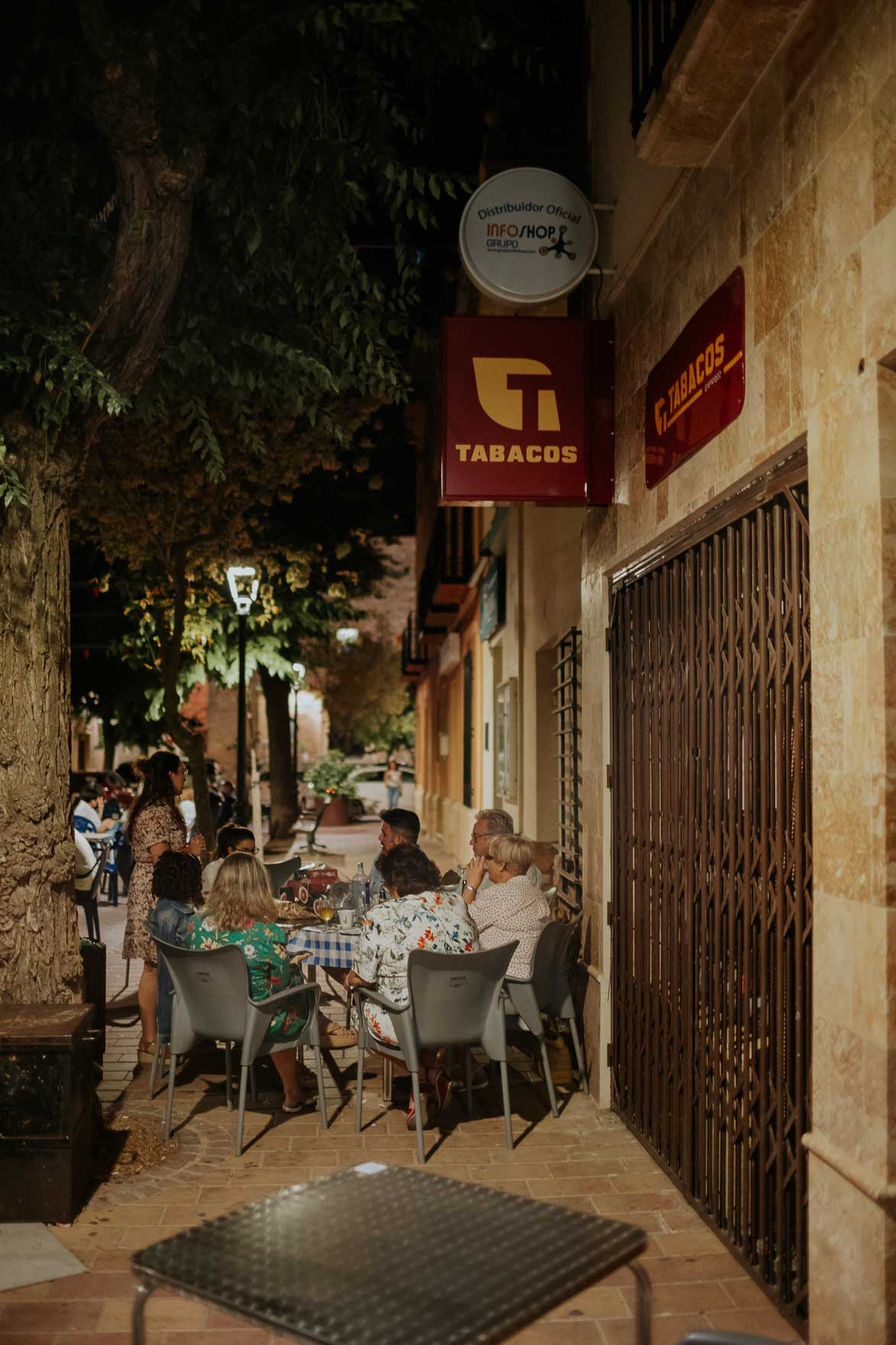 Estanco en Calle Mayor Sisante