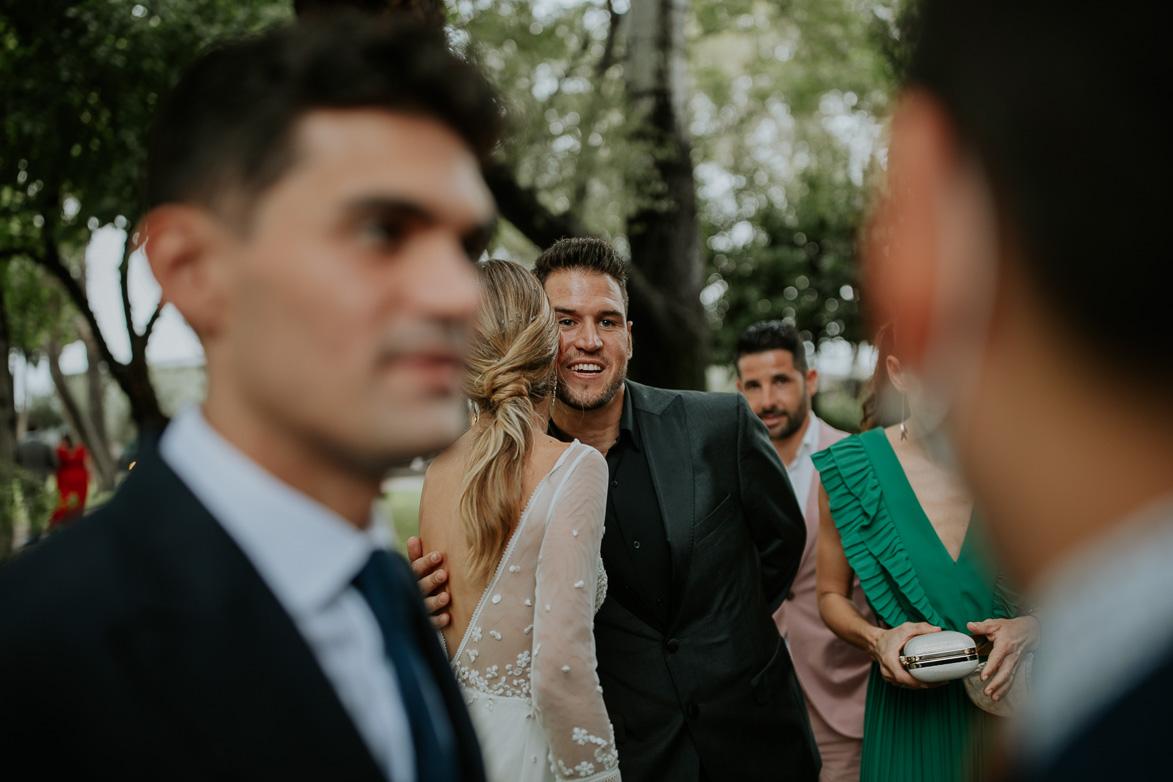 como vestir un invitado de boda