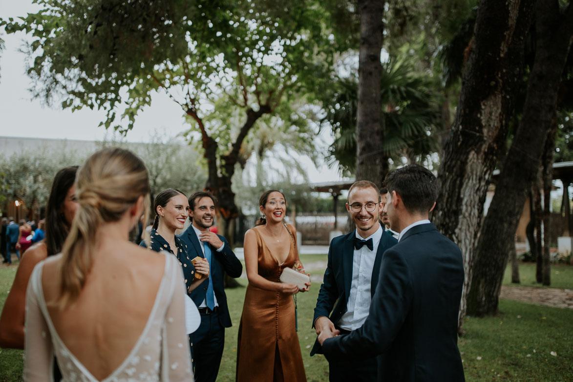 Amigos de la boda como y por que